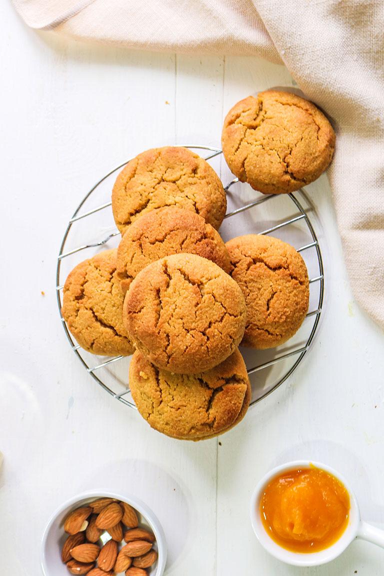 A tray of vegan pumpkin cookies.